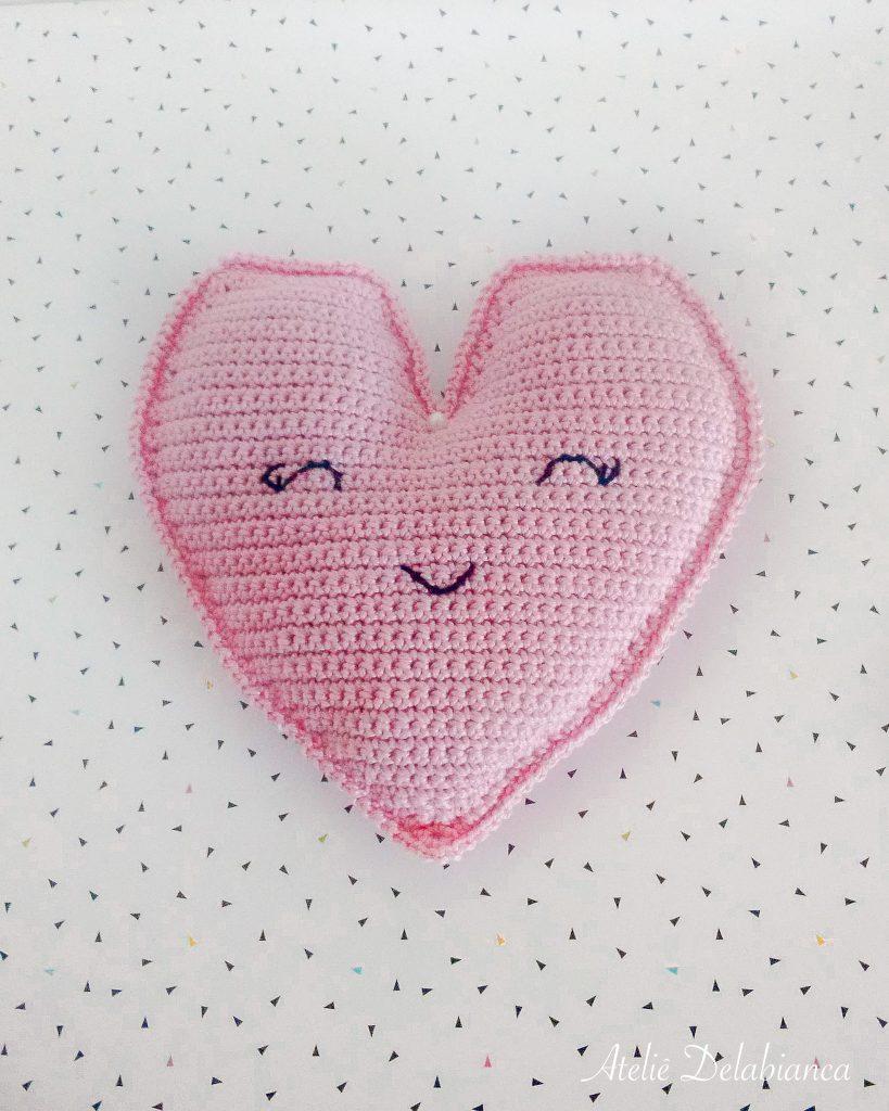 Amigurumi de coração para o dia dos namorados